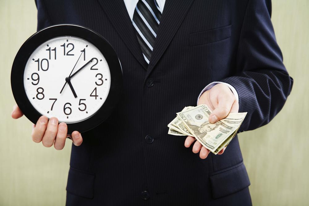 размеры ежемесячных платежей в течение всего периода не меняются