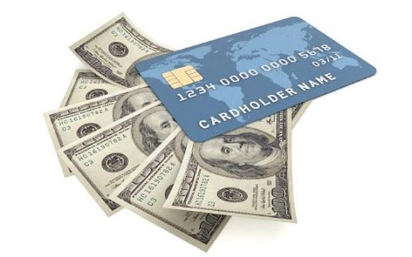 банковская карточка, на которую и будут переведены заемные денежные средства