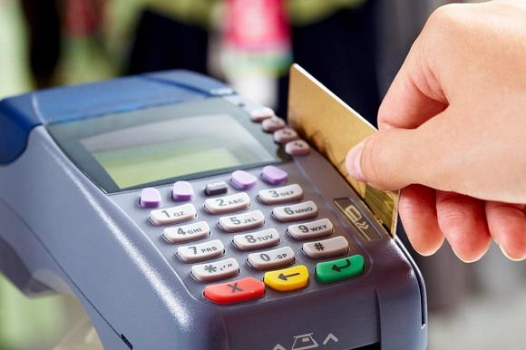 Использование кредиток становится все более популярным